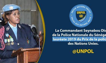 Une femme sénégalaise; la Commandante Seynabou Diouf lauréate du Prix de la policière 2019