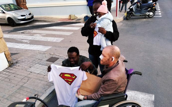 Un Sénégalais sans papier sauve un handicapé d'un incendie en Espagne 2