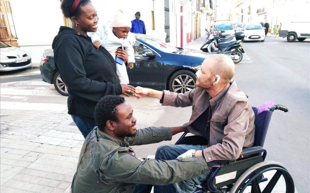 Un Sénégalais sans papier sauve un handicapé d'un incendie en Espagne 4