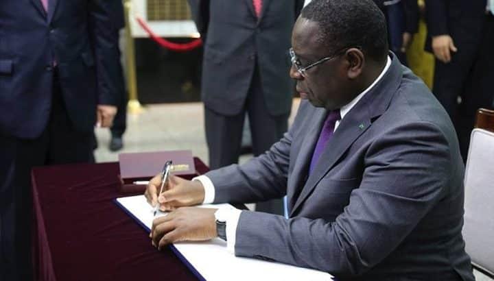 """Voici les noms du """"réaménagement"""" du  gouvernement du président Macky sall"""