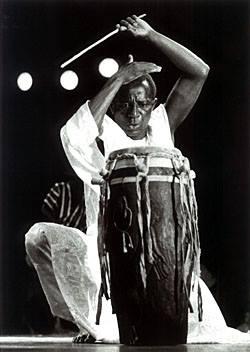 Doudou Ndiaye Rose: une légende et percussionniste hors pair 1