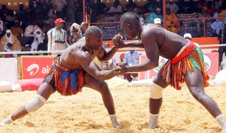 La lutte sénégalaise avec frappe, entre sport, tradition et mysticisme 6