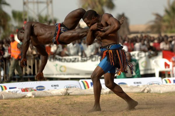 La lutte sénégalaise avec frappe, entre sport, tradition et mysticisme 4