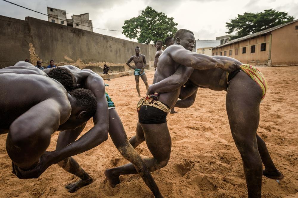 La lutte sénégalaise avec frappe, entre sport, tradition et mysticisme 1