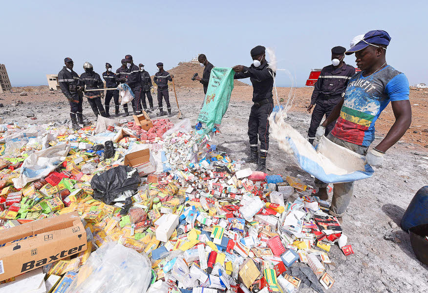 un sommet contre le trafic de faux médicaments en Afrique 1