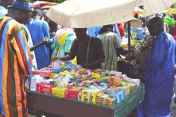 un sommet contre le trafic de faux médicaments en Afrique 2