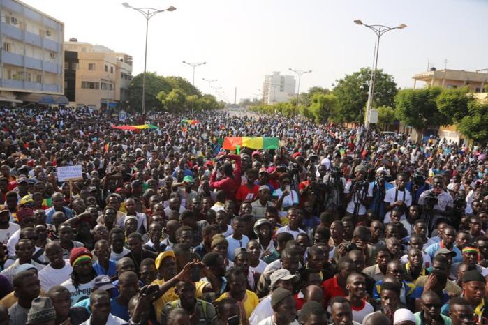 Grande mobilisation du Collectif Noo Lank à Dakar 2