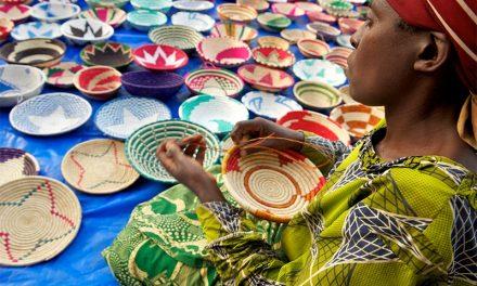 2ème édition du SIAD: Macky Sall demande aux artisans Sénégalais de s'ouvrir aux innovations et pratiques internationales »
