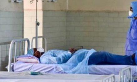 Covid-19: 3 membres du personnel soignant testés positifs