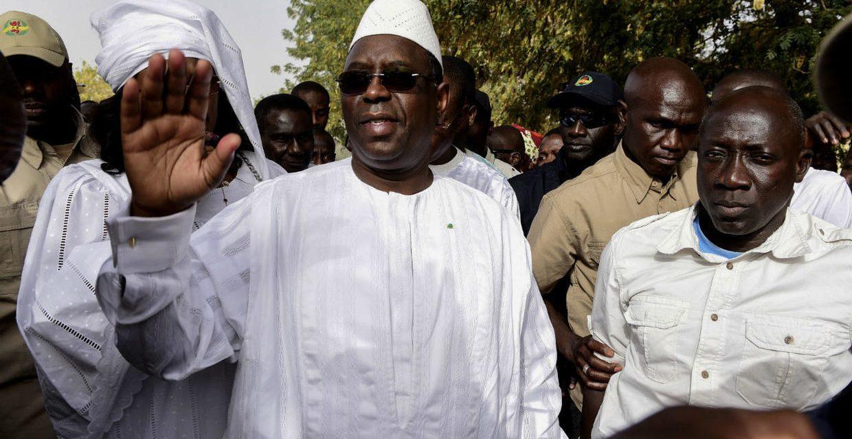 8 mars : Macky Sall recommande de différer la célébration.