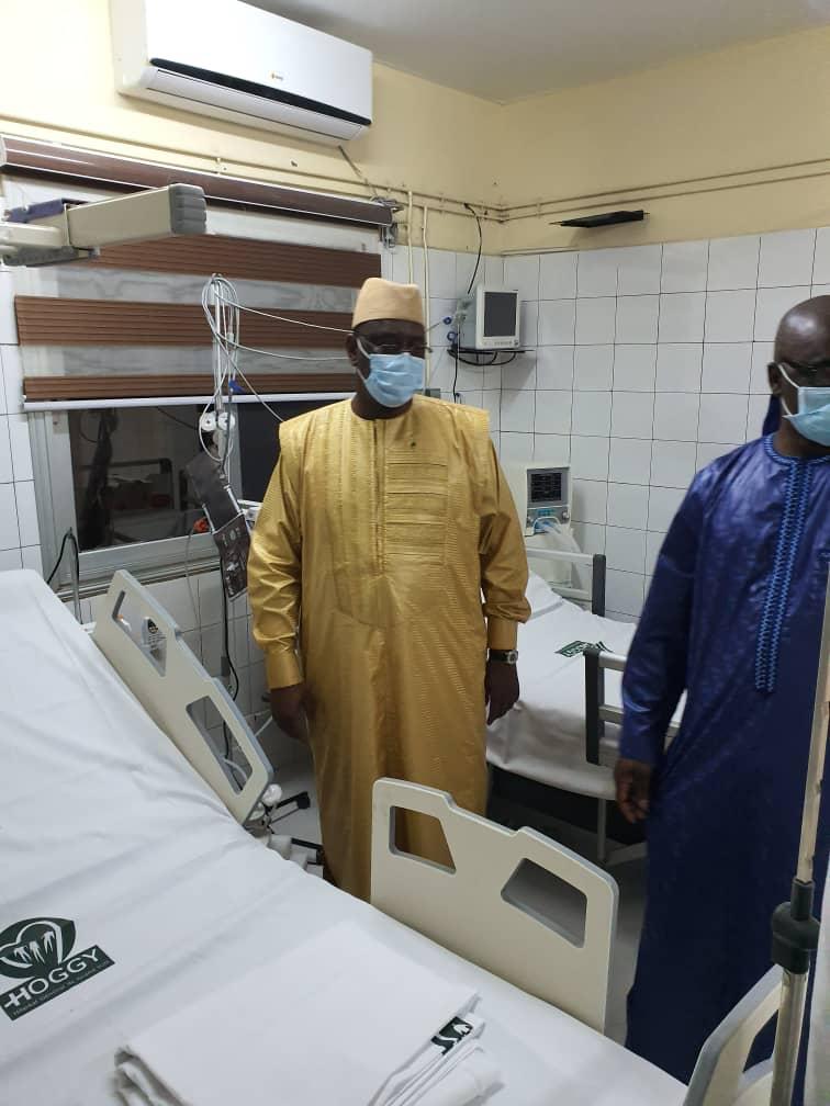 COVID-19 : Le président Macky Sall effectue une visite surprise à l'hôpital Général de Grand-Yoff 1