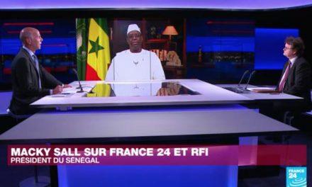 Macky Sall sur RFI: «Un couvre-feu élargi, mais pas de confinement» au Sénégal