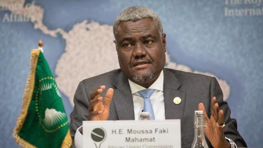 """UA: MOUSSA FAKI MAHAMAT MILITE POUR UNE """"VÉRITABLE RENAISSANCE AFRICAINE"""" 1"""
