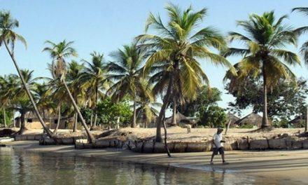 """Macky SALL propose d'élaborer une stratégie innovante de relance de la """" Destination Sénégal"""""""