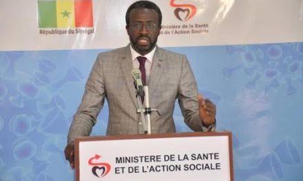 """""""LE SÉNÉGAL VA VERS UNE MEILLEURE MAÎTRISE DE LA COVID-19"""" selon le DOCTEUR ABDOULAYE BOUSSO"""