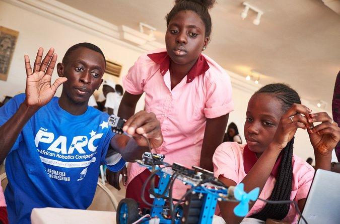 Sidy Ndao un chercheur sénégalais développe le premier ordinateur thermique au monde 1