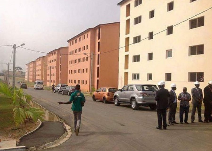 "Logements sociaux :  ""100.000 logements"" un programme de haute priorité , selon Macky Sall"