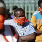 """La pandémie mondiale sera """"longue"""" selon l'OMS"""