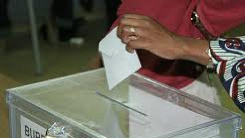 Élections locales : L'accord sur la suppression du parrainage