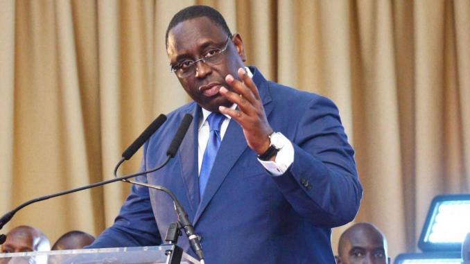 Coup d'Etat au Mali : Macky Sall condamne fermement et demande à la CEDEAO d'agir avec célérité.