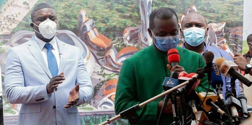 Akon  pose la première pierre d'une ville digne du Wakanda au sénégal 1