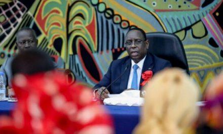 Macky SALL dissout le gouvernement et limoge la présidente du CESE