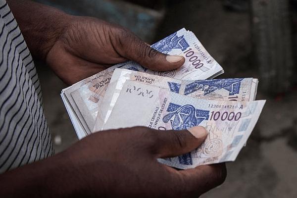 le montant de la dette publique SÉNÉGALaise pourrait atteindre 10.000 milliards FCFA