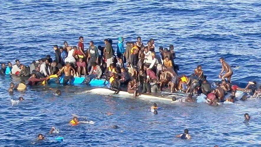 """Lutte contre l'émigration clandestine : """"200 milliards de l'UE dans le vent au Sénégal"""""""