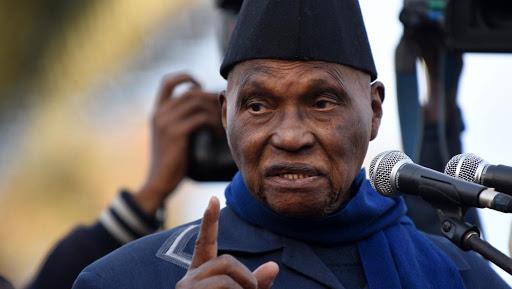 """Macky veut """"imposer aux Sénégalais un éventuel 3e mandat"""", selon le Pds"""