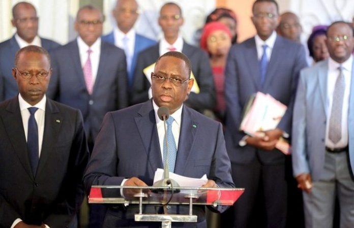 Gouvernement: LE LIMOGEAGE DE CERTAINS COLLABORATEURS DE MACKY SALL PRÉOCCUPE LES QUOTIDIENS