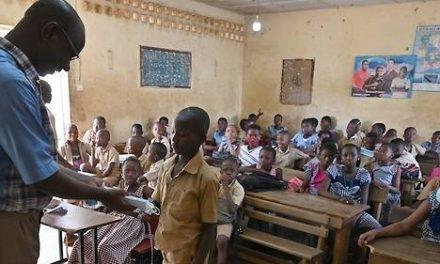 Le Ministère de l'éducation nationale dément LA MORT DE 20 ENSEIGNANTS DE COVID-19