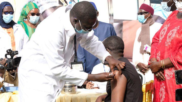 Covid-19: le Sénégal lance sa campagne de vaccination