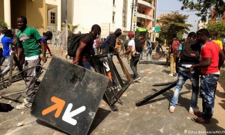 l'affaire Ousmane Sonko provoque les frustrations de la population