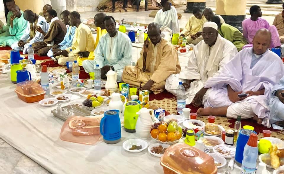 Ramadan sous Covid-19 : les Sénégalais renouent avec les activités nocturnes après la levée de l'état d'urgence 1