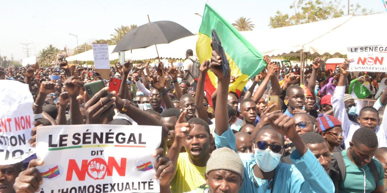 Épreuve d'anglais sur l'homosexualité : le ministre de l'Education nationale demande d'explication aux concernés