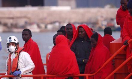 Deux naufrages sur la route des Canaries en 24 heures: au moins 42 personnes décédées