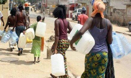 DES PERTURBATIONS DANS LA Distribution de l'eau à Dakar