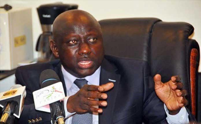 Le procureur Serigne Bassirou Gueye apparaît en public et dément les rumeurs sur sa maladie