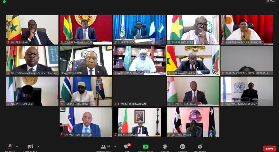 La CEDEAO suspend la Guinée et exige la libération sans délai d'Alpha Condé