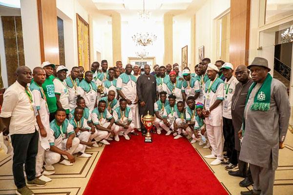 Macky Sall reçoit Casa Sports au Palais