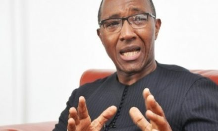 """Violence contre les partisans de Sonko : Abdoul Mbaye condamne un """"acte imbécile"""""""